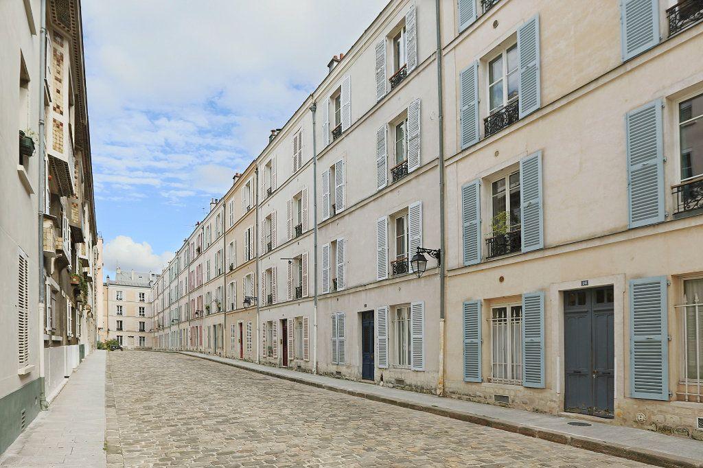 Appartement à louer 1 24.5m2 à Paris 14 vignette-1