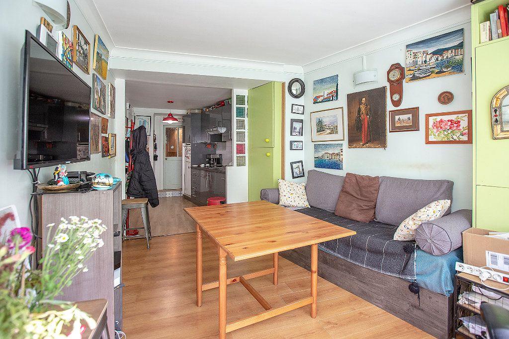 Appartement à vendre 3 43m2 à Paris 14 vignette-3