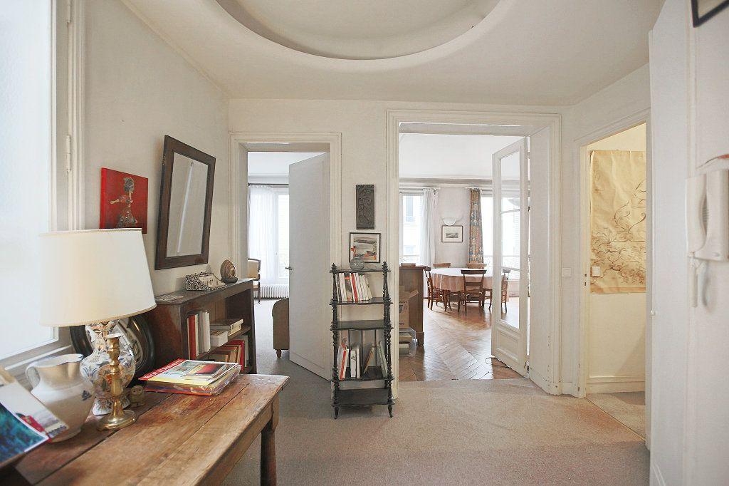 Appartement à vendre 5 115.67m2 à Paris 6 vignette-4
