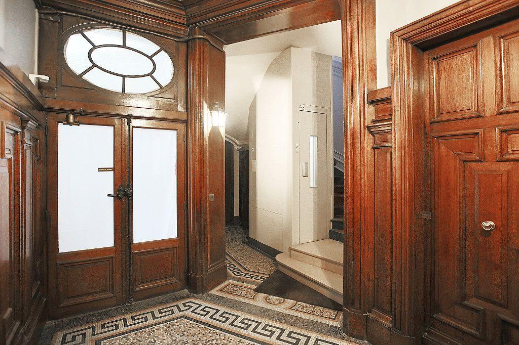 Appartement à vendre 5 115.67m2 à Paris 6 vignette-6