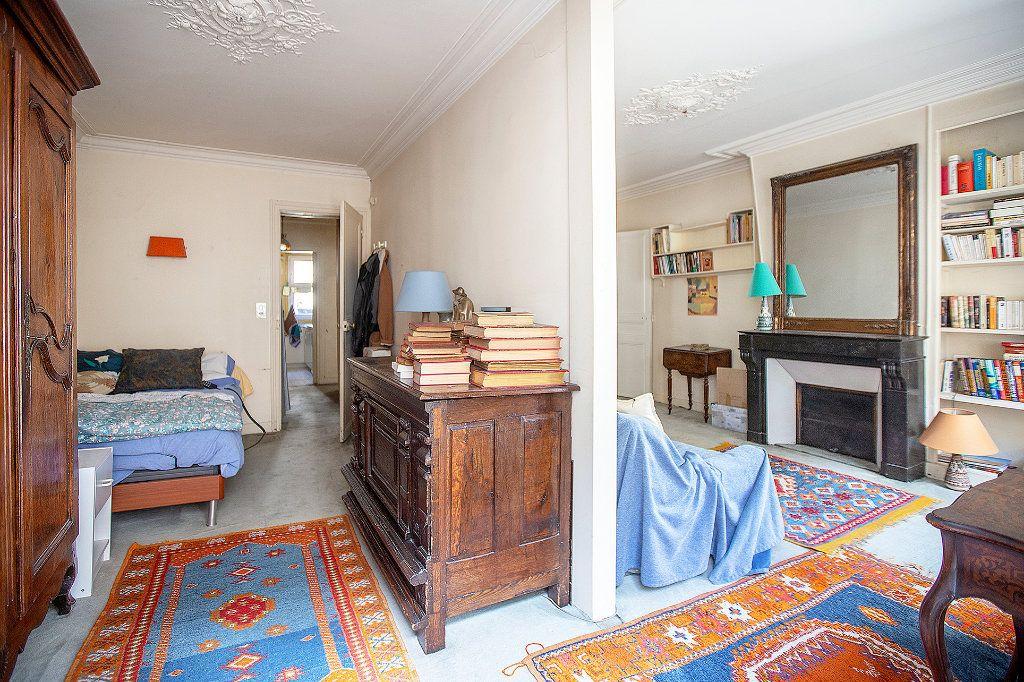 Appartement à vendre 3 51m2 à Paris 14 vignette-2