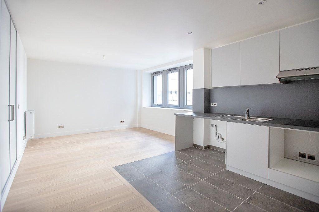 Appartement à vendre 1 42.44m2 à Paris 14 vignette-6