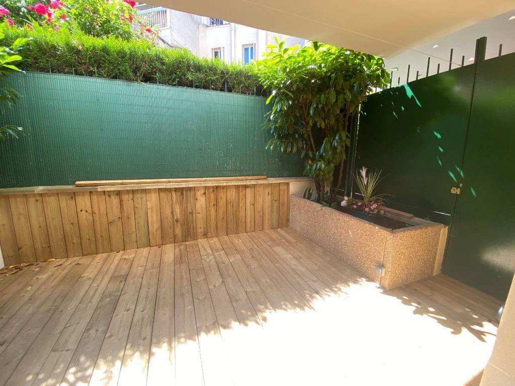 Appartement à louer 1 25.5m2 à Paris 14 vignette-6