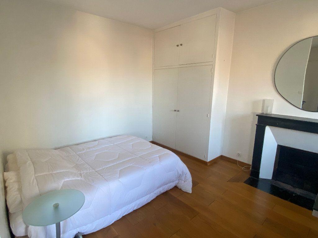 Appartement à louer 2 37m2 à Paris 14 vignette-5