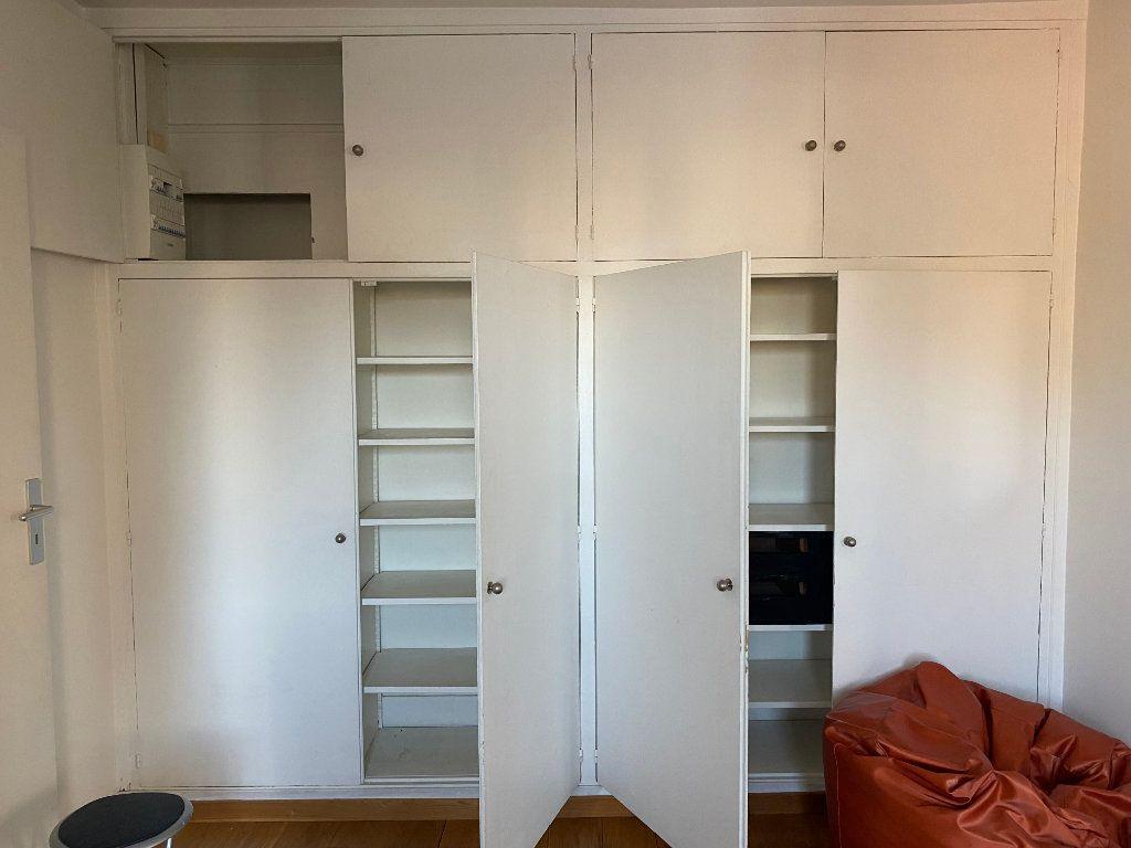 Appartement à louer 2 37m2 à Paris 14 vignette-10