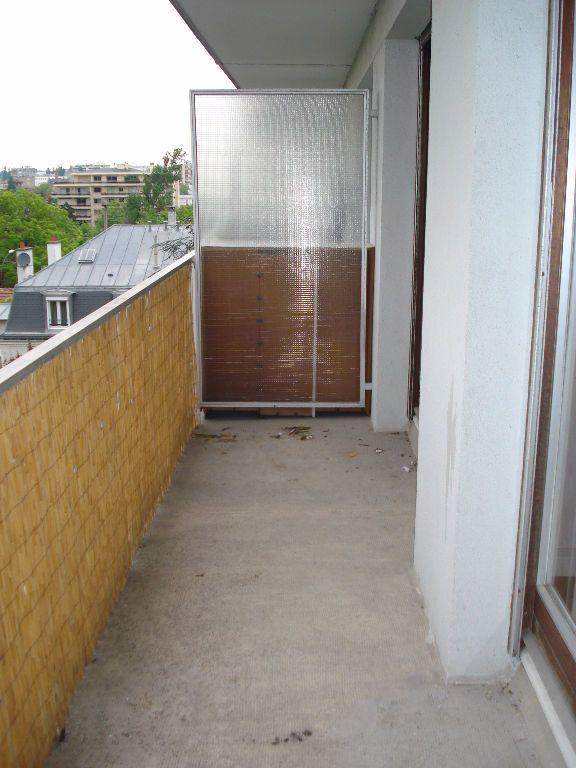 Appartement à louer 2 41m2 à Saint-Maur-des-Fossés vignette-6