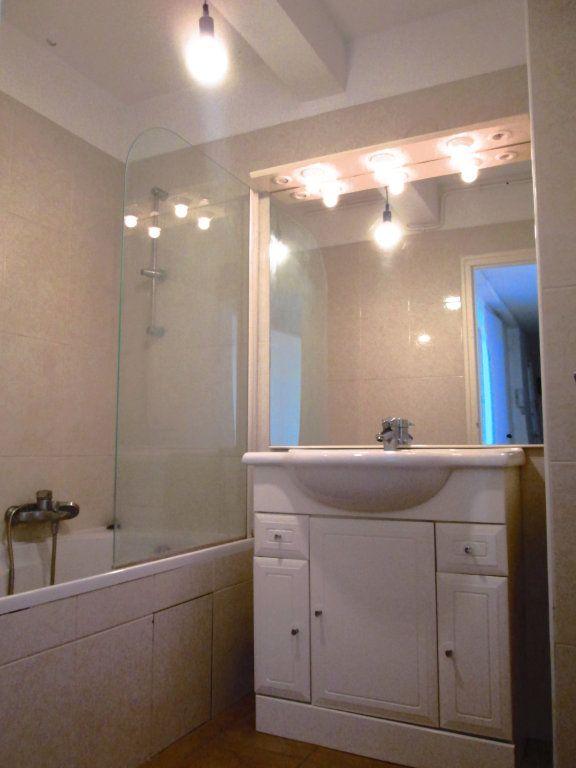 Appartement à louer 3 56.4m2 à Champigny-sur-Marne vignette-5