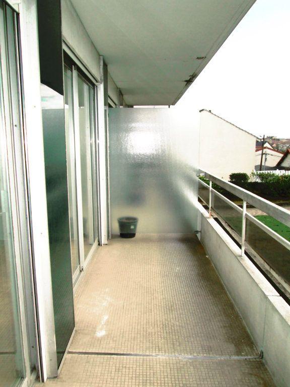 Appartement à louer 1 25.44m2 à Fontenay-sous-Bois vignette-6