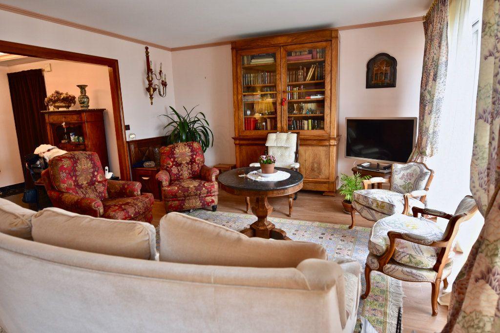 Appartement à vendre 6 120.84m2 à La Varenne - Saint-Maur-des-Fossés vignette-2