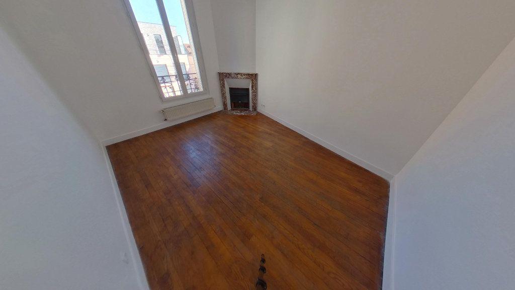 Appartement à vendre 4 79.3m2 à La Varenne - Saint-Maur-des-Fossés vignette-3