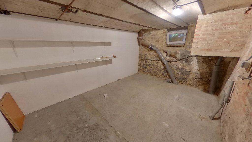 Appartement à vendre 4 79.3m2 à La Varenne - Saint-Maur-des-Fossés vignette-6