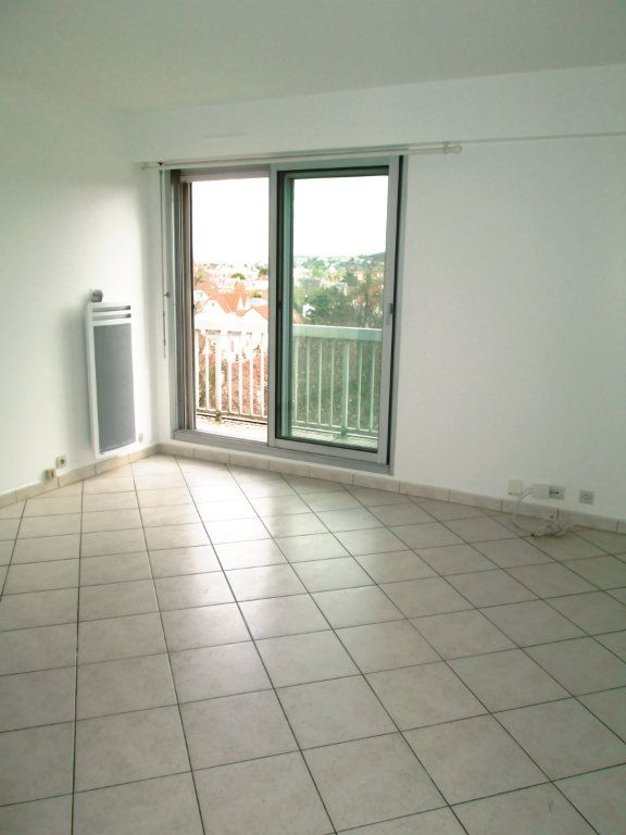 Appartement à louer 2 44m2 à La Varenne - Saint-Maur-des-Fossés vignette-2