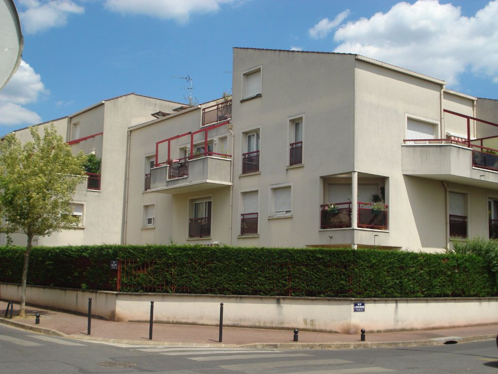 Appartement à louer 2 44m2 à Saint-Maur-des-Fossés vignette-1