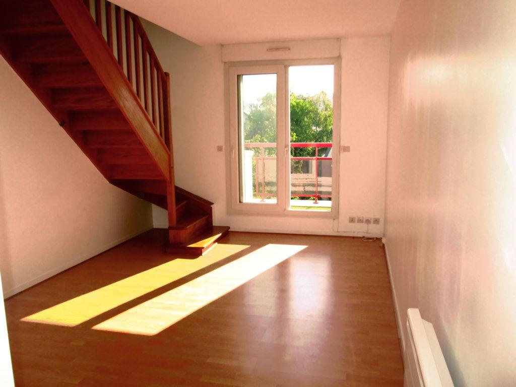 Appartement à louer 2 44m2 à Saint-Maur-des-Fossés vignette-2
