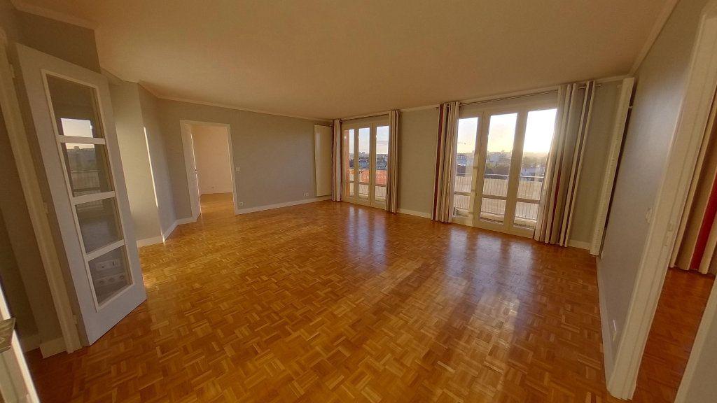 Appartement à vendre 4 84.79m2 à Saint-Maur-des-Fossés vignette-2