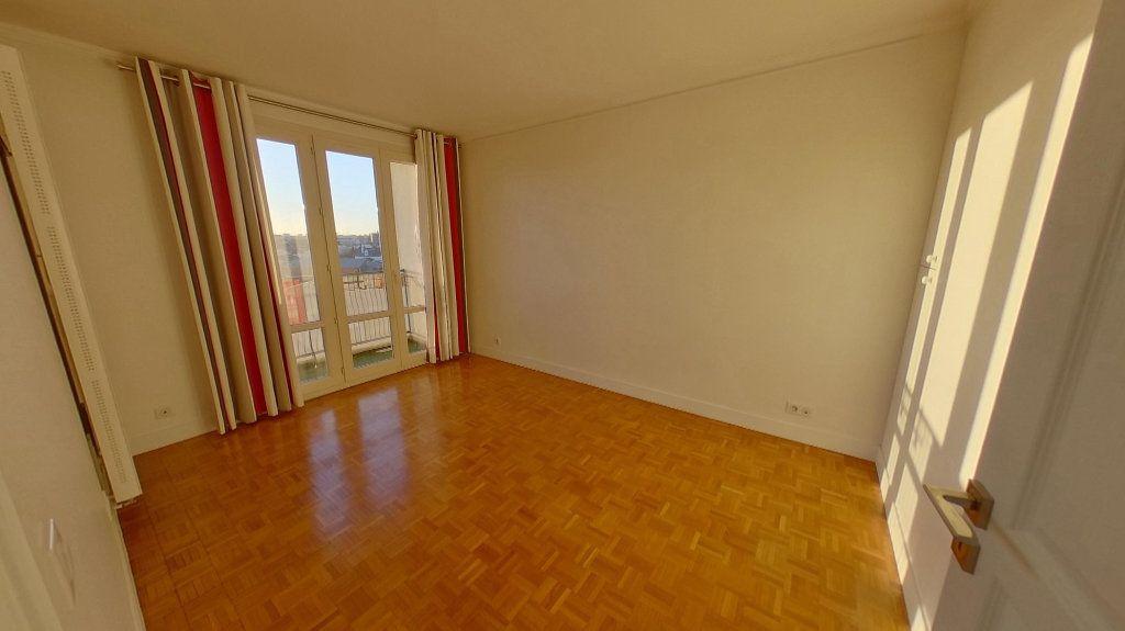 Appartement à vendre 4 84.79m2 à Saint-Maur-des-Fossés vignette-6