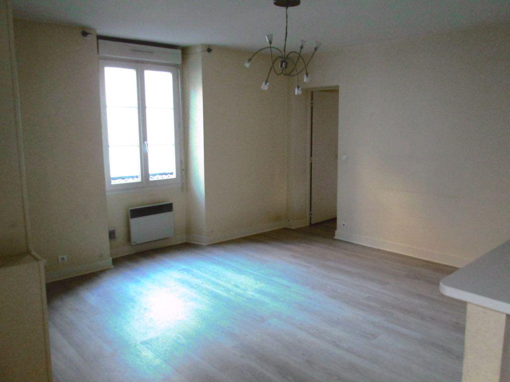 Appartement à louer 4 86m2 à Champigny-sur-Marne vignette-3