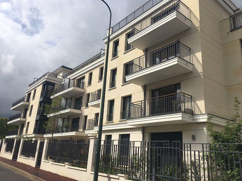 Appartement à louer 2 45.66m2 à Saint-Maur-des-Fossés vignette-1