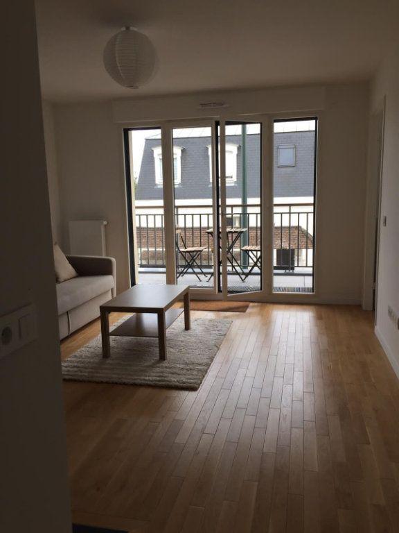Appartement à louer 2 45.66m2 à Saint-Maur-des-Fossés vignette-3