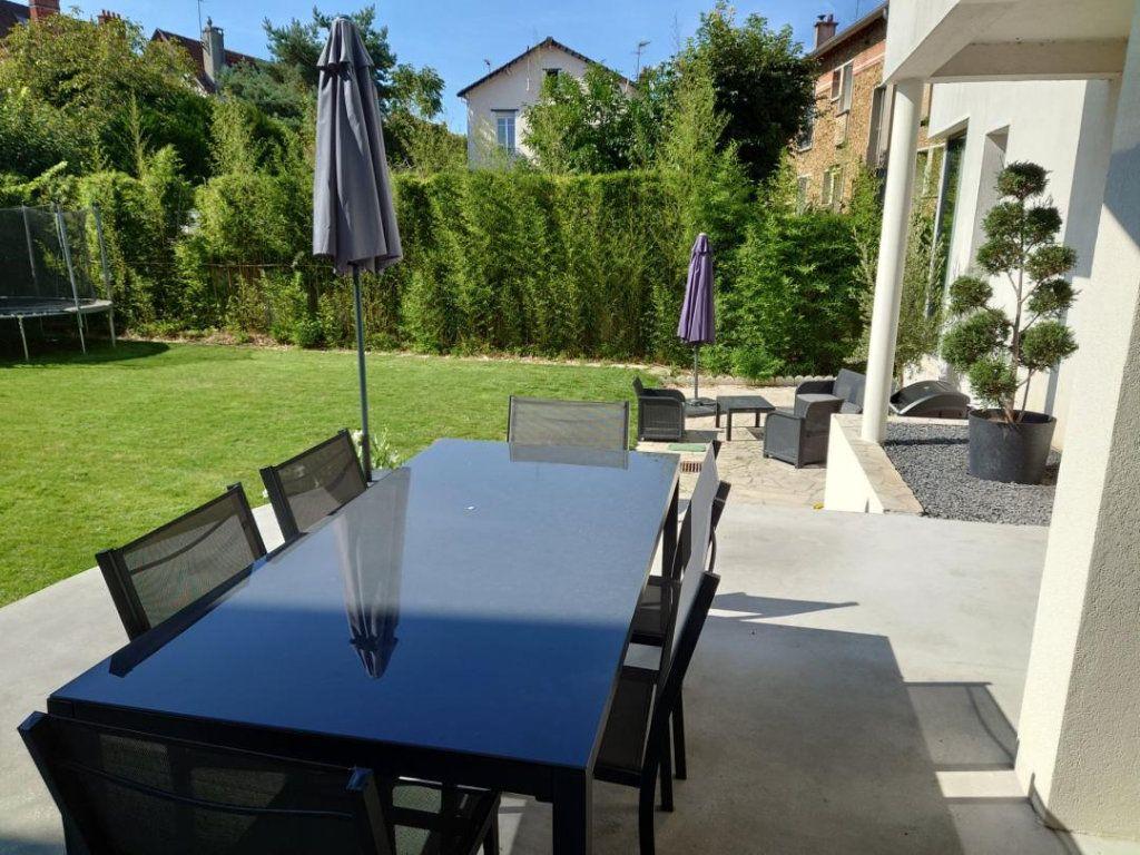 Maison à vendre 9 300m2 à Saint-Maur-des-Fossés vignette-2