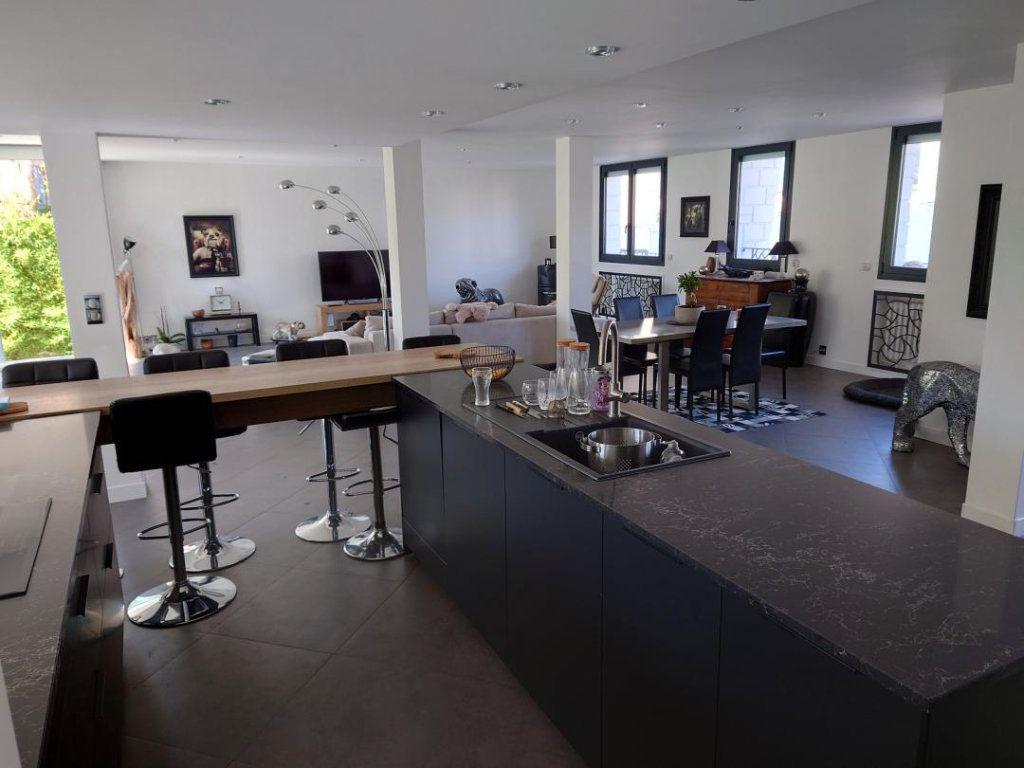 Maison à vendre 9 300m2 à Saint-Maur-des-Fossés vignette-5