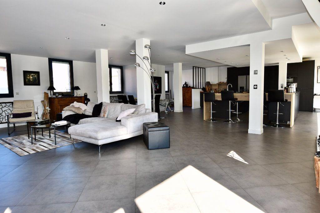 Maison à vendre 9 300m2 à Saint-Maur-des-Fossés vignette-6