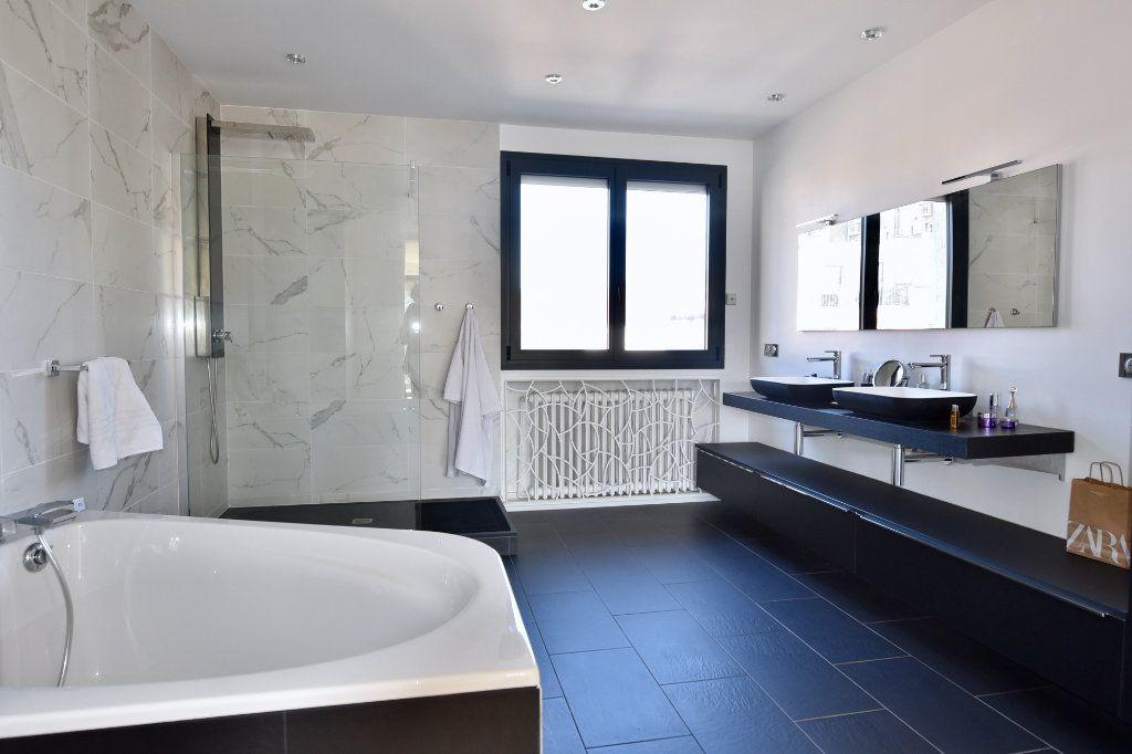 Maison à vendre 9 300m2 à Saint-Maur-des-Fossés vignette-8