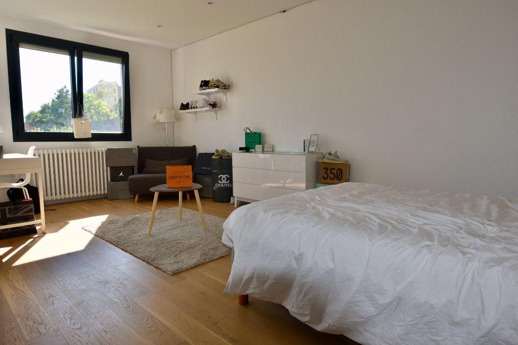Maison à vendre 9 300m2 à Saint-Maur-des-Fossés vignette-9