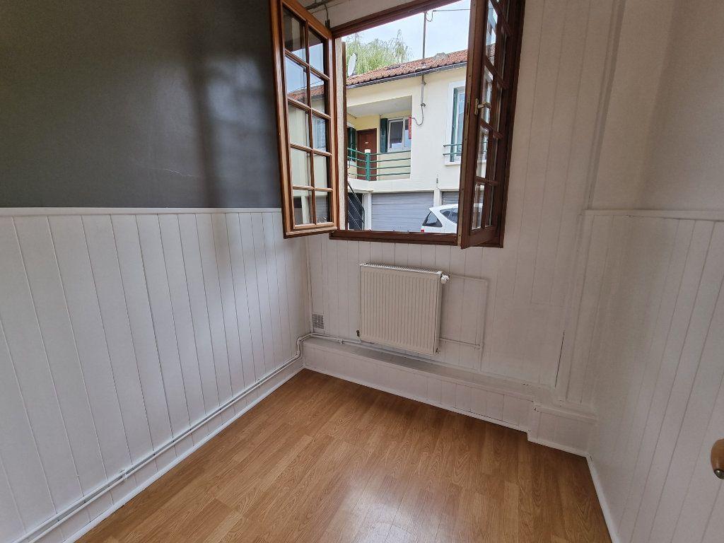 Appartement à louer 2 46.16m2 à Villiers-sur-Marne vignette-3