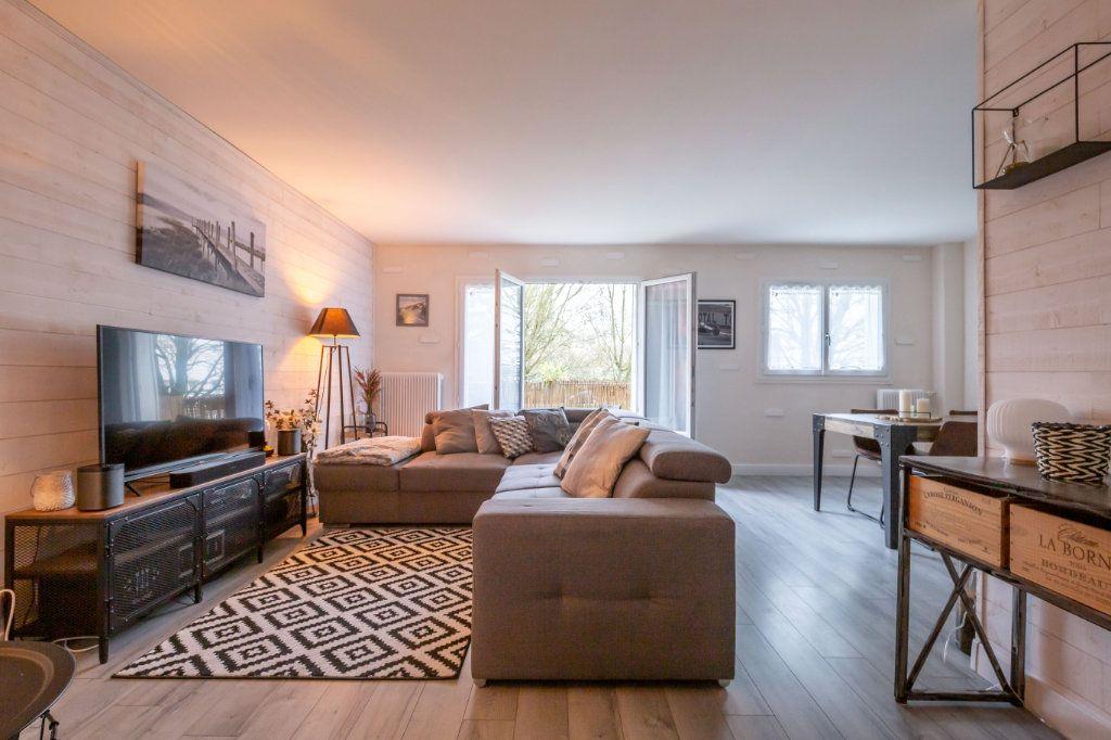 Appartement à vendre 4 69.36m2 à Villiers-sur-Marne vignette-1