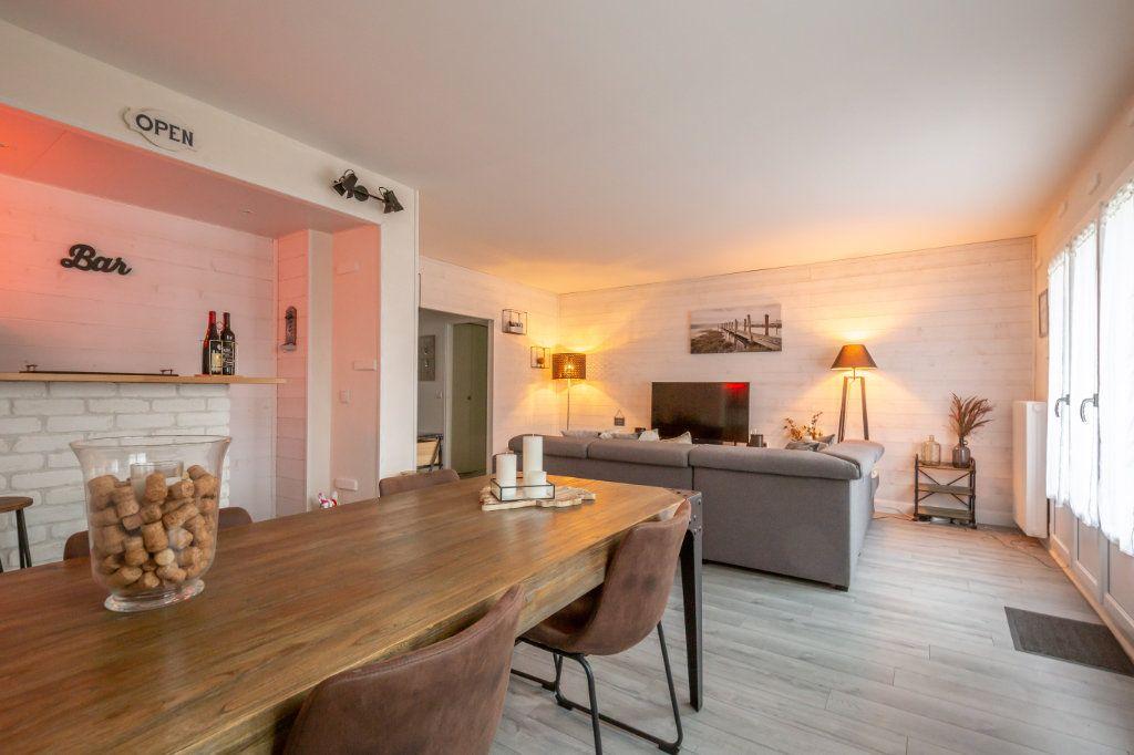 Appartement à vendre 4 69.36m2 à Villiers-sur-Marne vignette-3