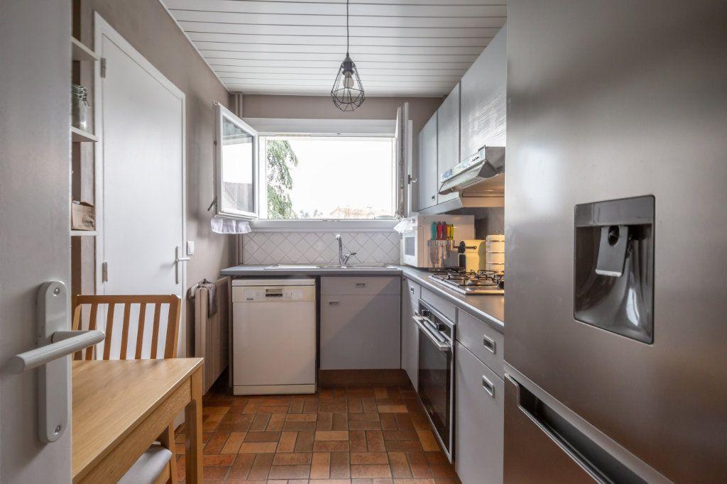 Appartement à vendre 4 69.36m2 à Villiers-sur-Marne vignette-4