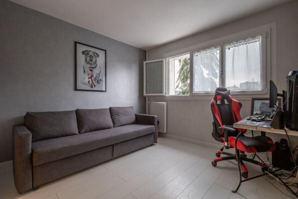 Appartement à vendre 4 69.36m2 à Villiers-sur-Marne vignette-11
