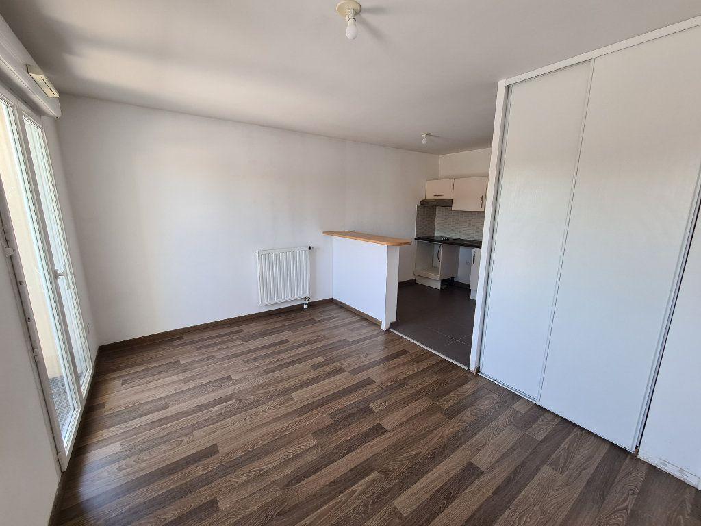 Appartement à louer 2 47.06m2 à Villiers-sur-Marne vignette-2