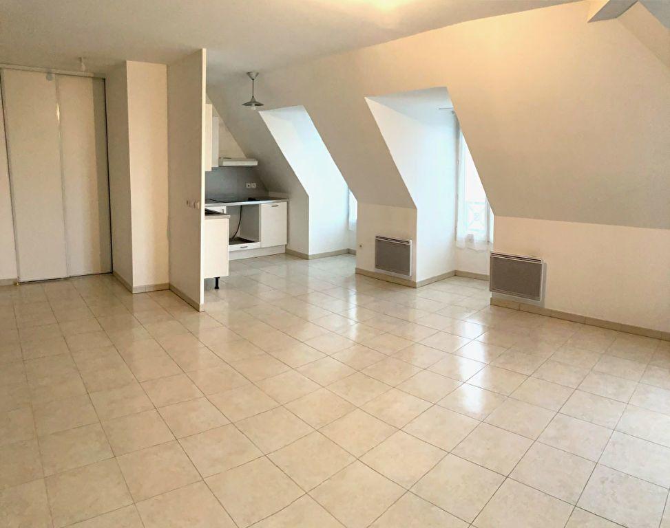 Appartement à louer 3 63.2m2 à Villiers-sur-Marne vignette-2