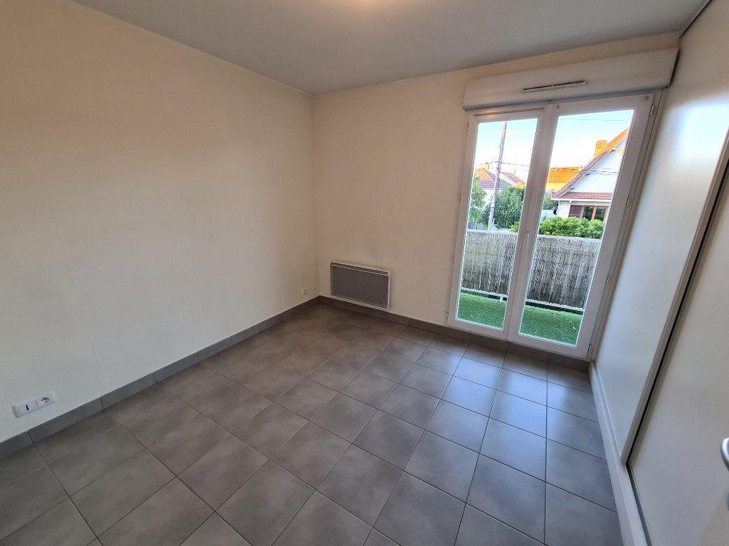 Appartement à louer 2 39.77m2 à Champigny-sur-Marne vignette-5