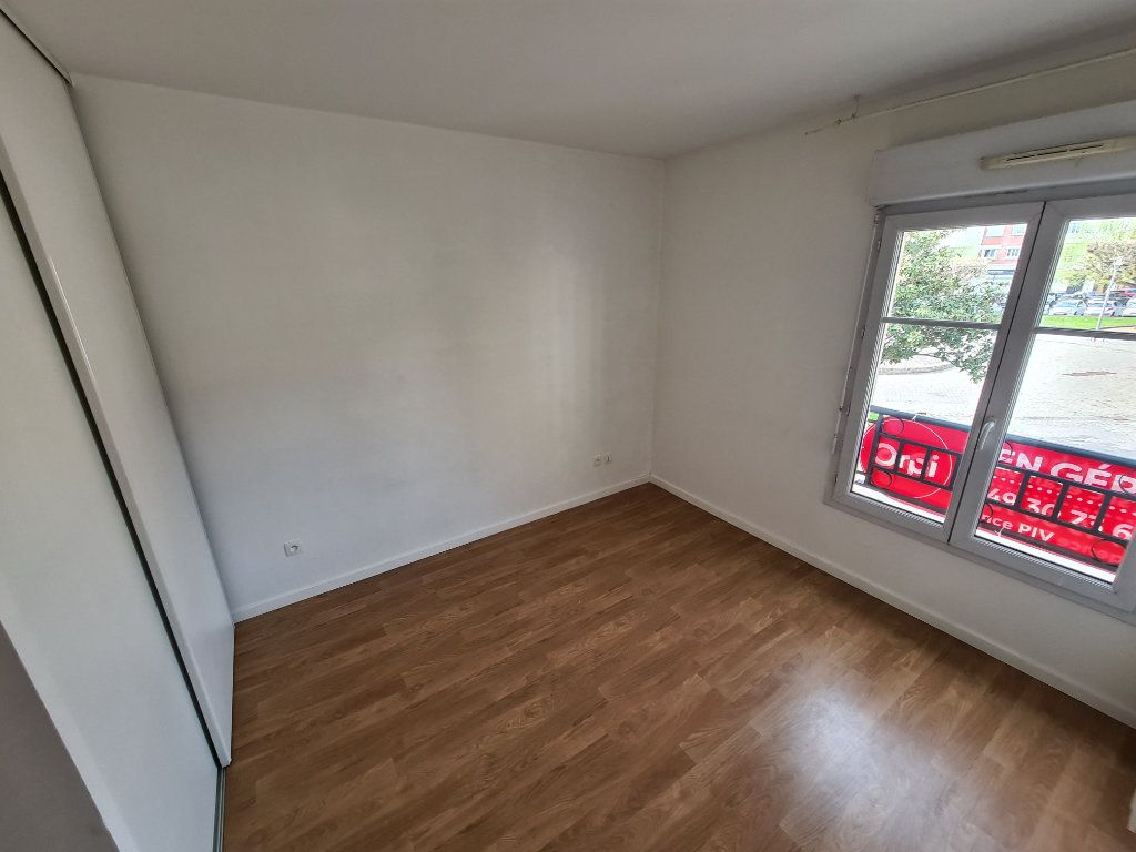 Appartement à louer 4 81.1m2 à Villiers-sur-Marne vignette-8