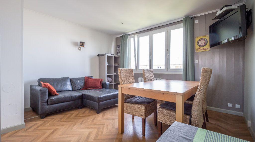 Appartement à vendre 3 52.96m2 à Villiers-sur-Marne vignette-2