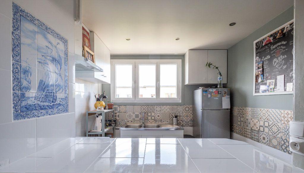 Appartement à vendre 3 52.96m2 à Villiers-sur-Marne vignette-3