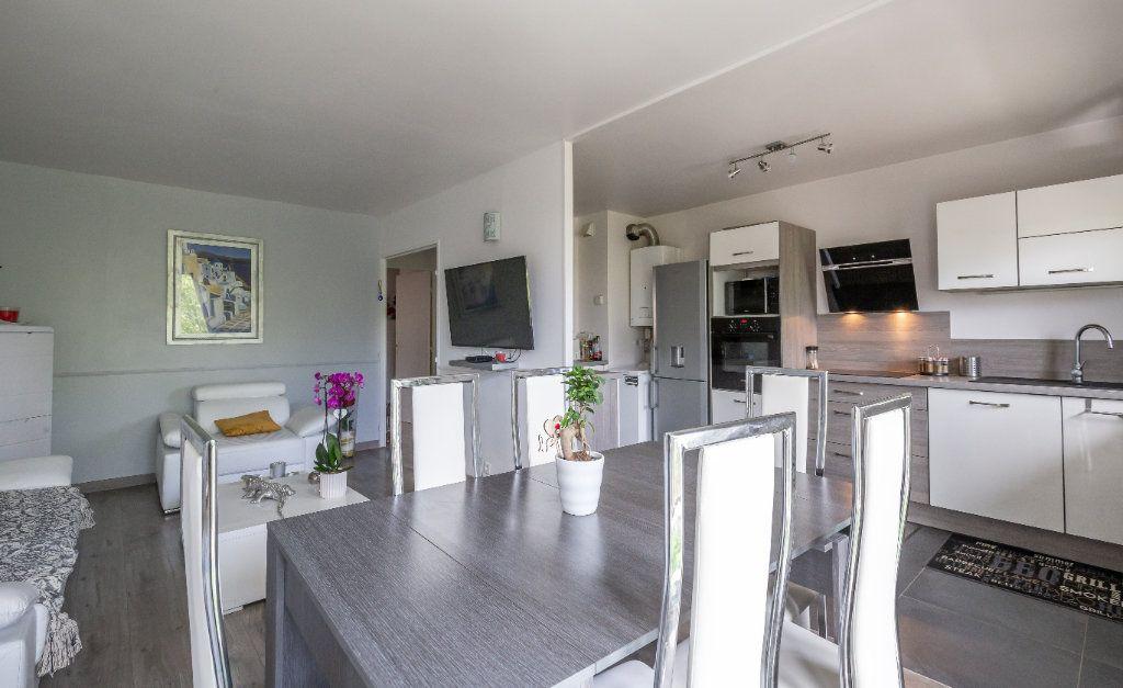 Appartement à vendre 4 84m2 à Villiers-sur-Marne vignette-7