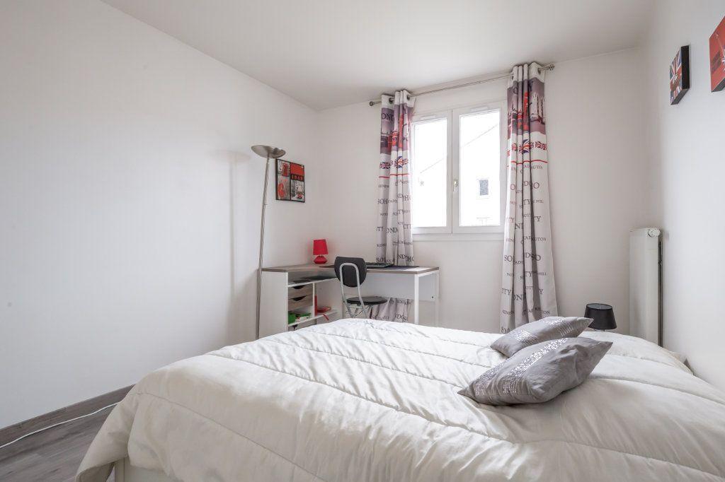 Appartement à vendre 4 84m2 à Villiers-sur-Marne vignette-9