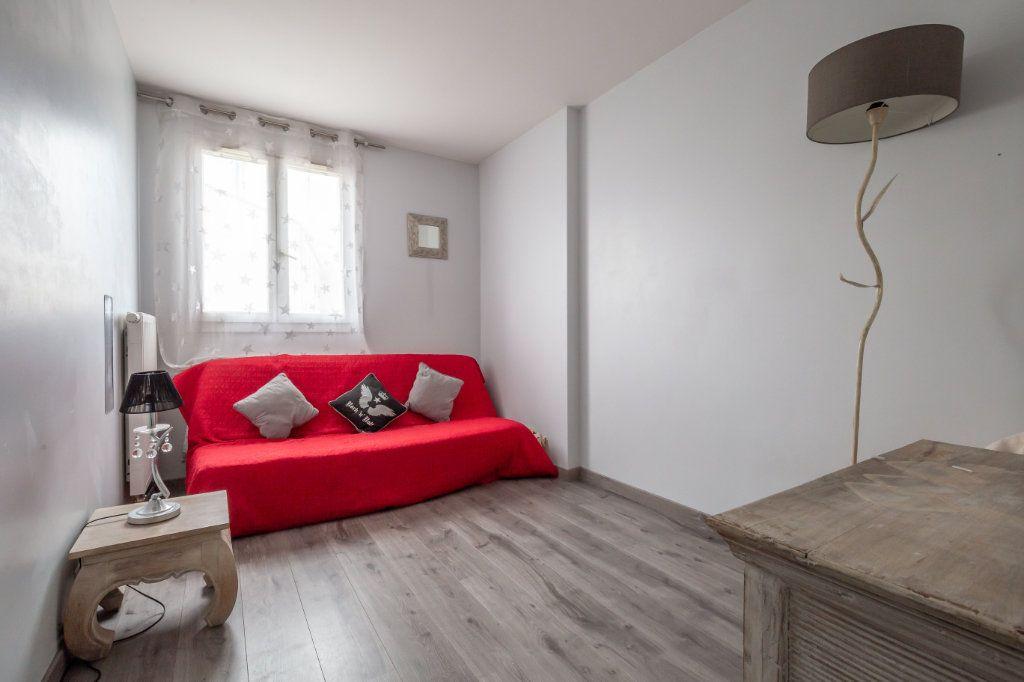 Appartement à vendre 4 84m2 à Villiers-sur-Marne vignette-10