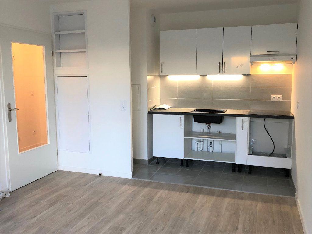 Appartement à louer 2 40.45m2 à Villiers-sur-Marne vignette-1