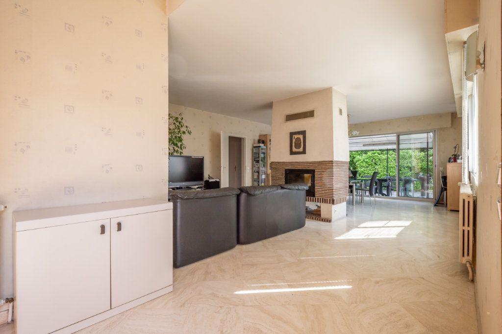 Maison à vendre 8 190m2 à Villiers-sur-Marne vignette-2