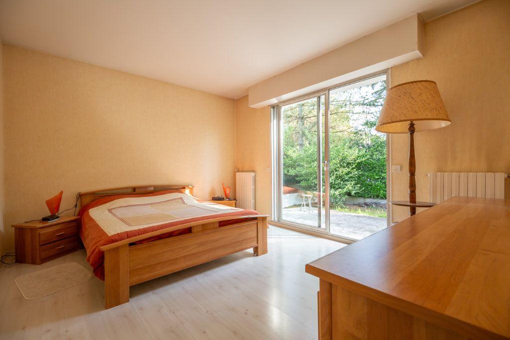 Maison à vendre 8 190m2 à Villiers-sur-Marne vignette-5