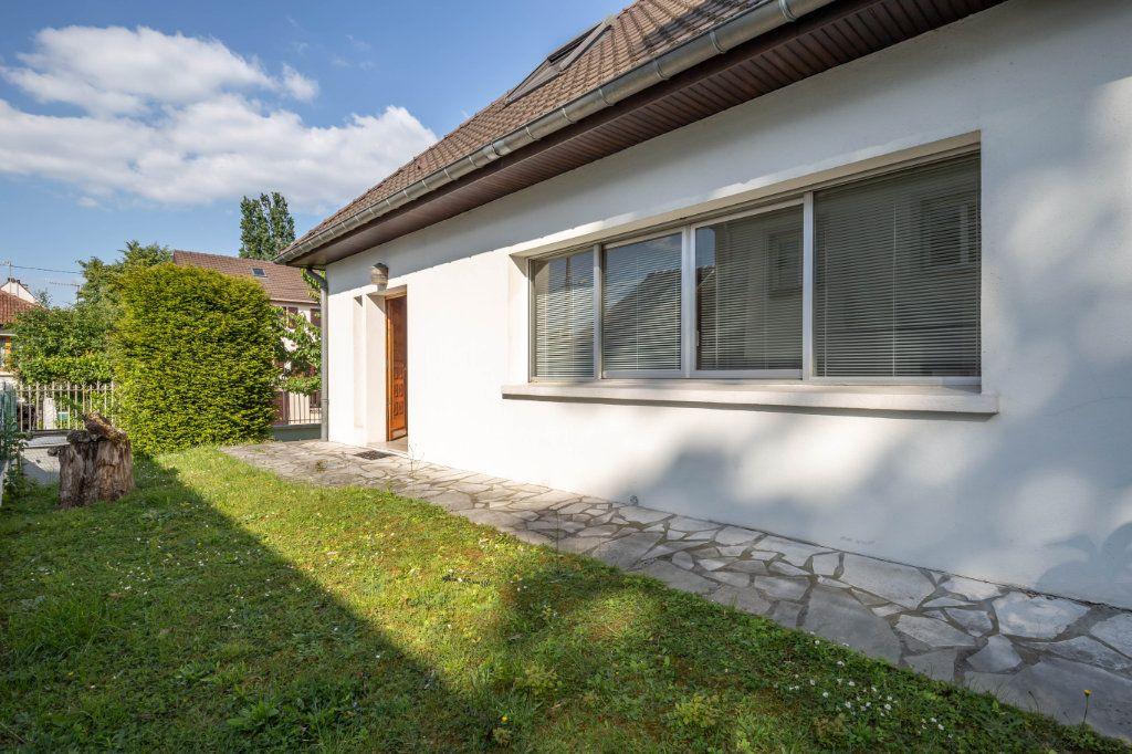 Maison à vendre 8 190m2 à Villiers-sur-Marne vignette-10