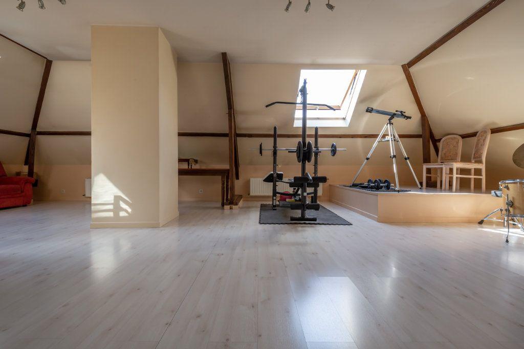Maison à vendre 8 190m2 à Villiers-sur-Marne vignette-11