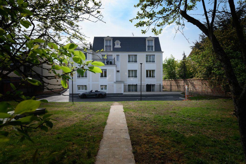 Appartement à vendre 3 72.3m2 à Villiers-sur-Marne vignette-2