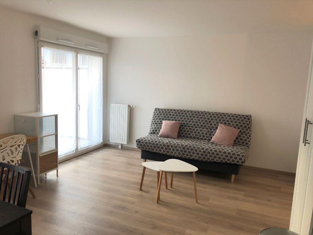 Appartement à louer 1 32.53m2 à Villiers-sur-Marne vignette-2