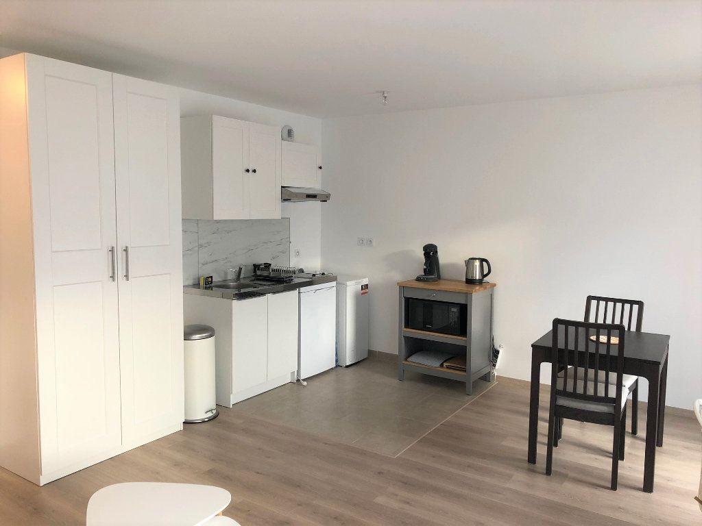 Appartement à louer 1 32.53m2 à Villiers-sur-Marne vignette-3